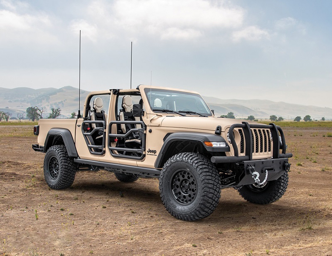 AM General unveils the new Jeep Gladiator XMT concept