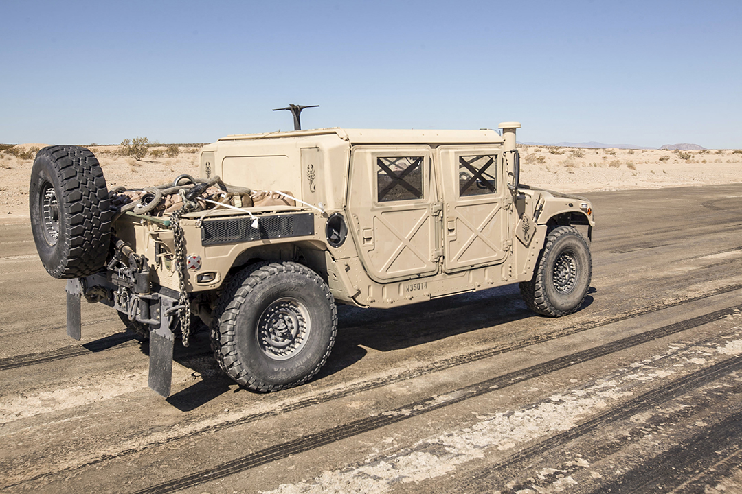 U.S. Marines conduct external lift exercises on Humvees at Marine Corps Air Ground Combat Center in Twentynine Palms, CA